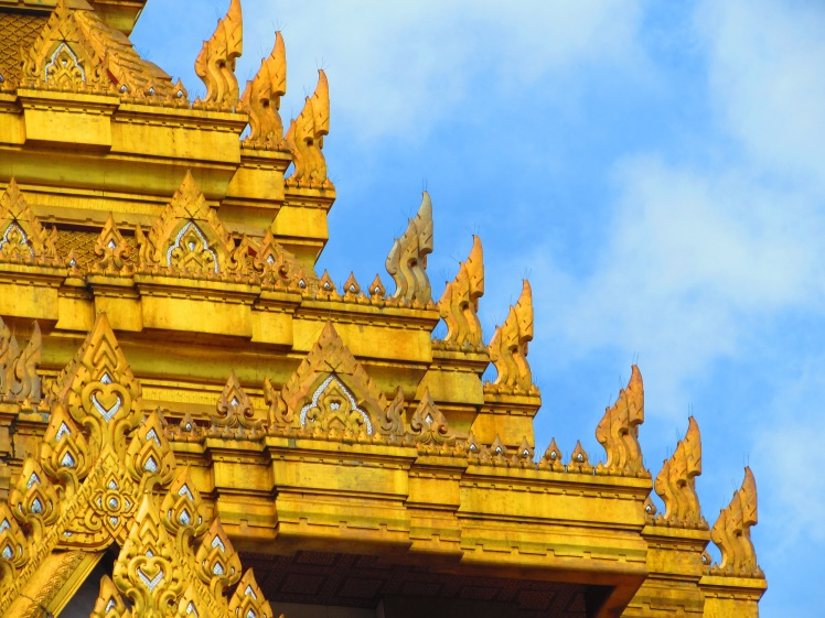 wat-duang-khae-private-temple-thailand